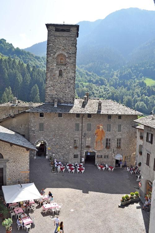 Castello_Ginami_Gromo