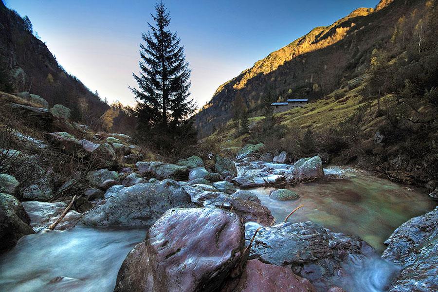 Trekking in Val Sanguigno