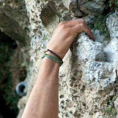 Arrampicare a Onore in Località Corni