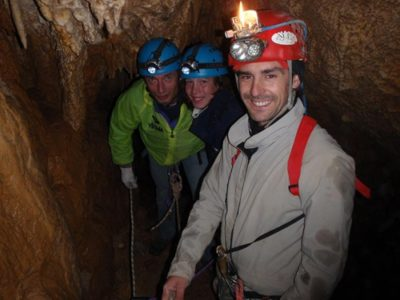 Visita alla grotta sotterranea Bus di Tacoi
