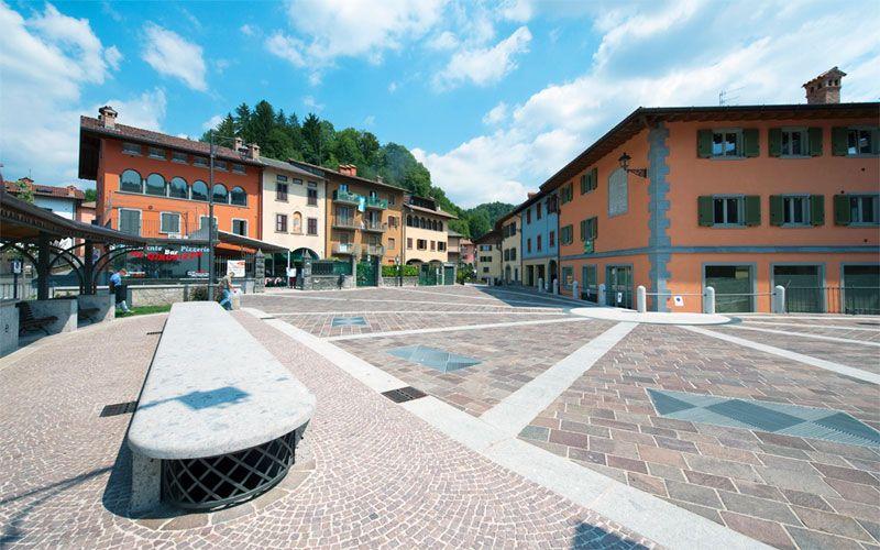 Piazza_Pozzo_Onore