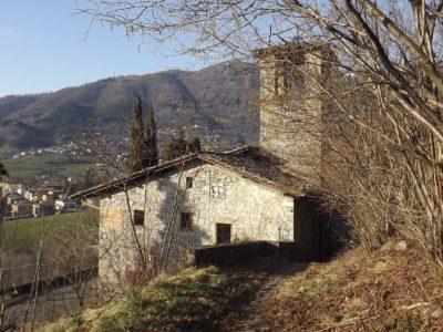 Chiesa di Santa Maria Elisabetta e Via della Lana – Peia