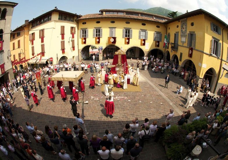 Processione Corpus Domini