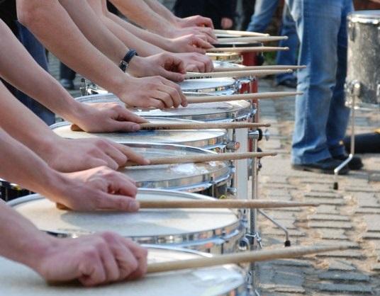 Percussionisti in piazza