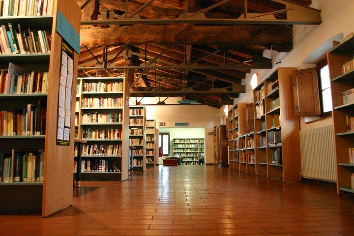 Biblioteca Comunale Villa Di Serio