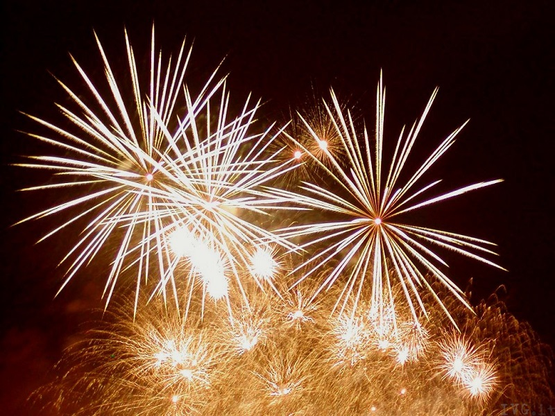 Fiaccolata E Fuochi D'Artificio