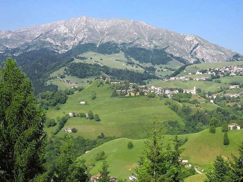 Escursione Ai Rifugi Del Monte Grem