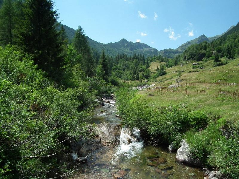 Escursione In Val Sanguigno