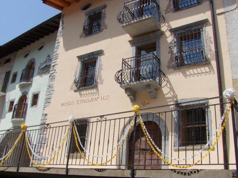 Inaugurazione Museo Etnografico Minerario E Scientidico